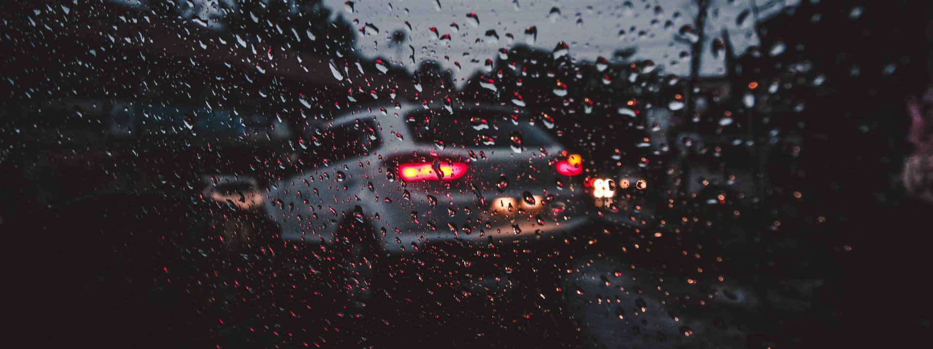 Extreme Driving Conditions: Rain & Fog mean Slow Down
